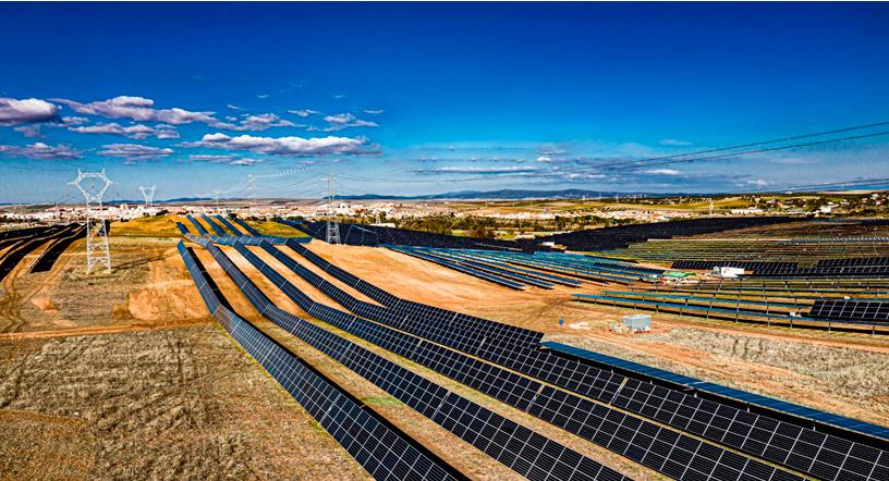 Commissioning of La Fernandina PV solar plant in Merida